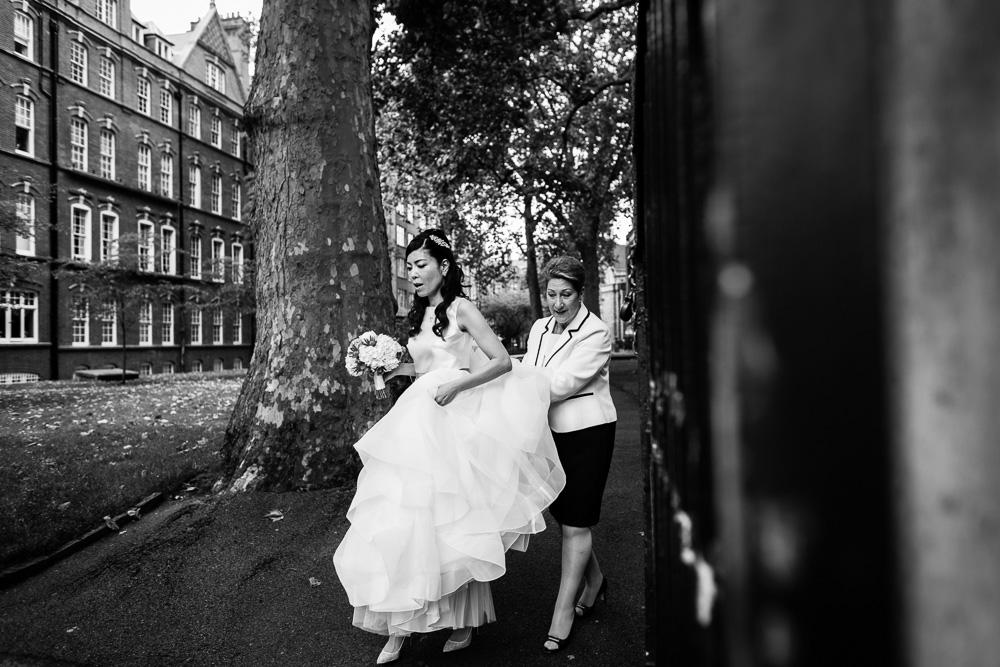 black and white picture of bride