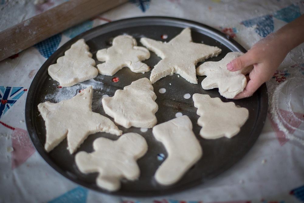 christmas-salt-dough-decorations-1-9