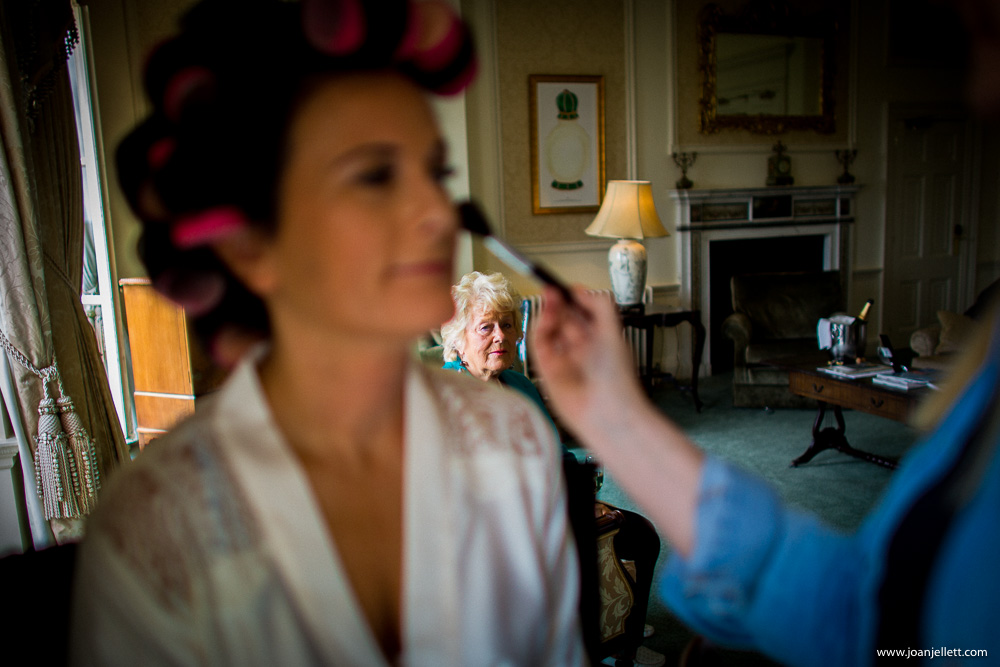 bride getting ready at the Luton Hoo wedding photography