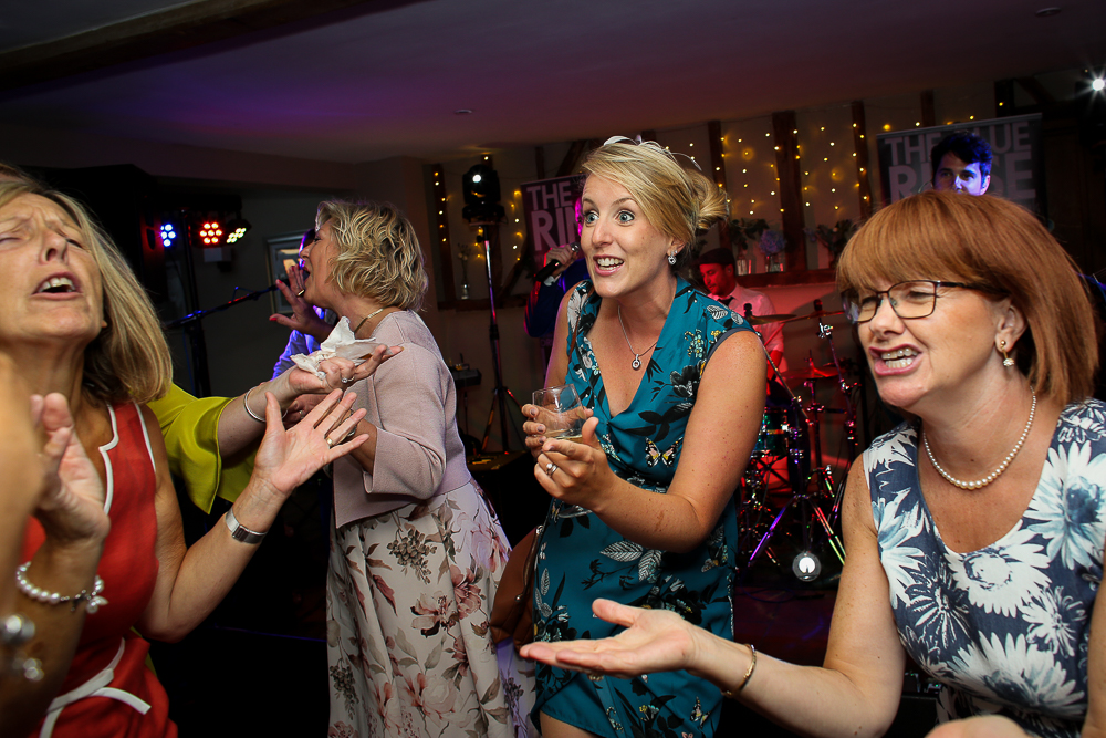 guests dansing at Coltsfoot Country Retreat Wedding